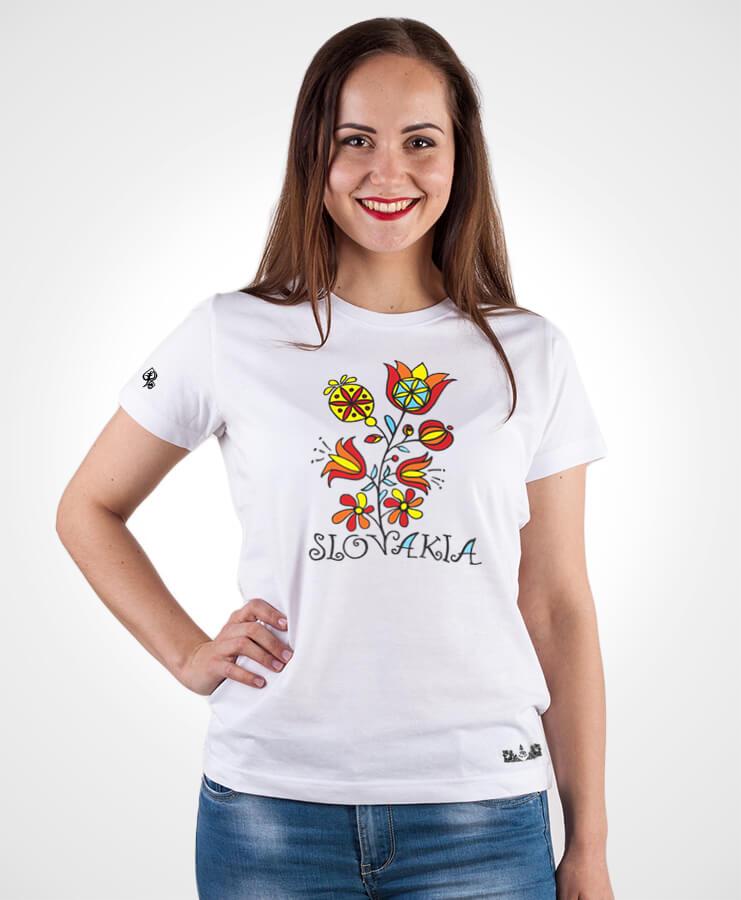 1a51b6fe9bb0 Dámske tričko Slovakia kvet NAD TATROU biele. Slovenský vzor.