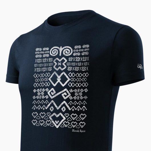 Pánske tričko Čičmanský vzor tmavo modré detail - Slovak Spirit