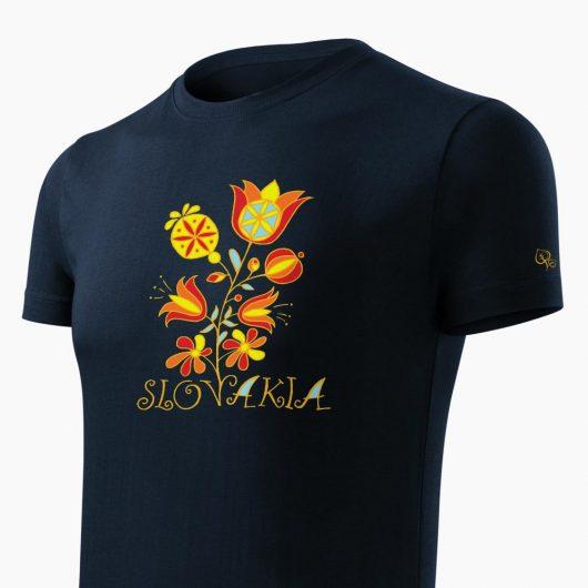 Pánske tričko Slovakia Kvet tmavo modré detail - Slovak Spirit
